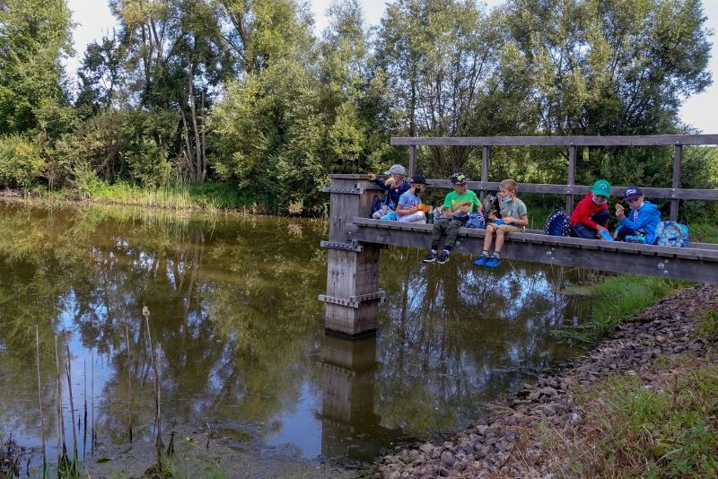 Svačina u rybníka u Čížova - projektový den v NP Podyjí